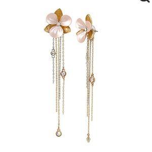 Betsey Johnson Flower Linear Drop Earrings 2 way